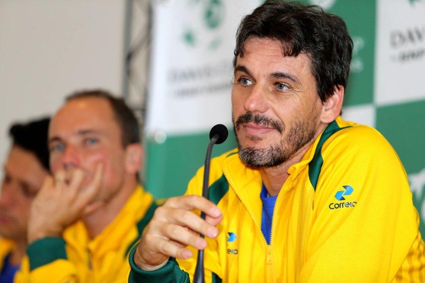 João Zwetsch em entrevista coletiva na Copa Davis entre Bélgica e Brasil, em Ostend, em 2016  Crédito: Cristiano Andujar