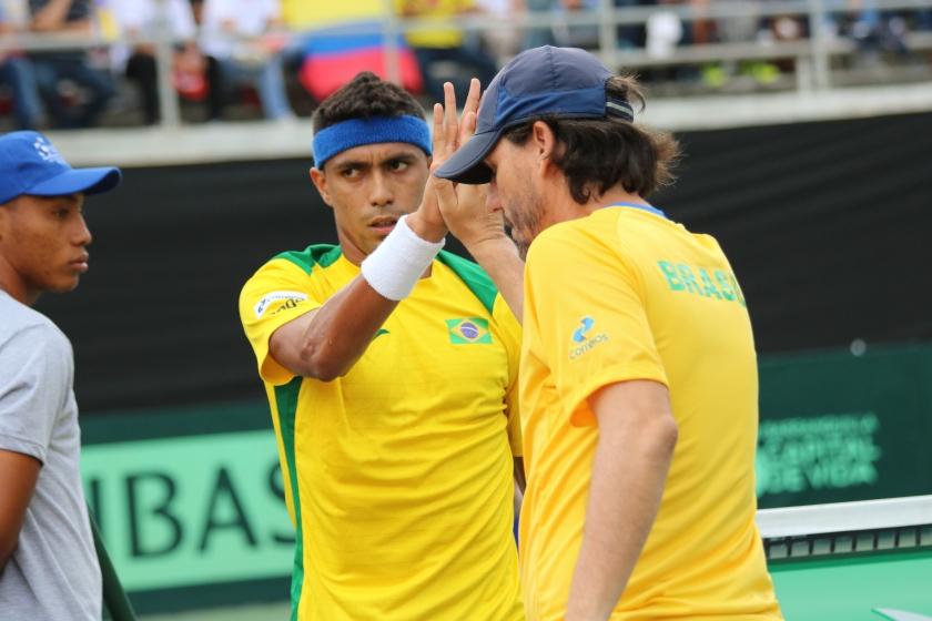 Thiago Monteiro e João Zwetsch na Copa Davis em Barranquilla, na Colômbia.  Crédito: Matheus Joffre/CBT