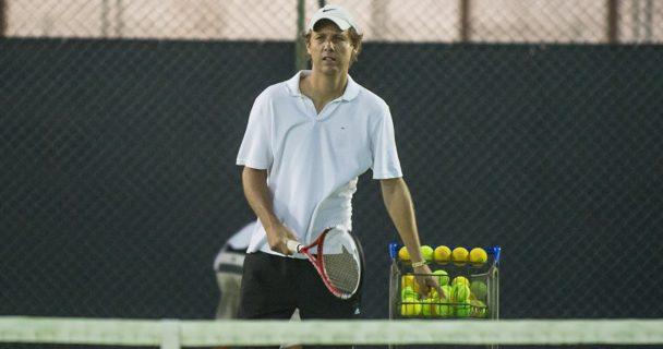 Impedido há 15 anos, Jaime Oncins é o capitão do Brasil na Copa Davis